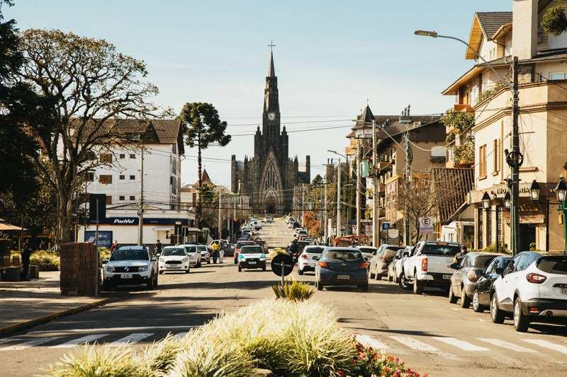 Como montar uma viagem barata para Gramado